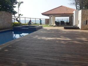 Casa En Venta En San Pedro De Macoris, Juan Dolio, Republica Dominicana, DO RAH: 17-1014