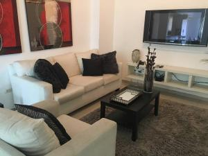 Apartamento En Ventaen Santo Domingo, Naco, Republica Dominicana, DO RAH: 17-1122