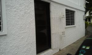 Local Comercial En Alquileren Santo Domingo, Serralles, Republica Dominicana, DO RAH: 17-1157