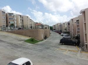 Apartamento En Venta En Altos de Arroyo Hondo - Código: 17-1155
