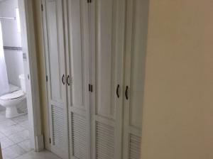 Apartamento En Venta En Evaristo Morales - Código: 17-1268