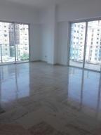 Apartamento En Alquileren Santo Domingo, Naco, Republica Dominicana, DO RAH: 17-1284
