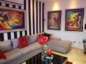 Apartamento En Ventaen Santo Domingo, Piantini, Republica Dominicana, DO RAH: 17-1287