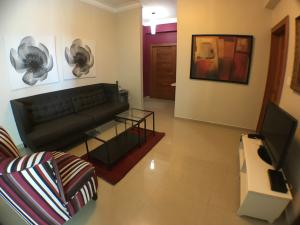 Apartamento En Alquileren Santo Domingo, Vergel, Republica Dominicana, DO RAH: 17-1308