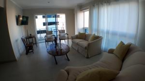 Apartamento En Ventaen Santo Domingo, Evaristo Morales, Republica Dominicana, DO RAH: 17-1339