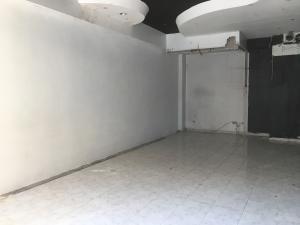 Local Comercial En Alquileren Santo Domingo, Piantini, Republica Dominicana, DO RAH: 17-1400