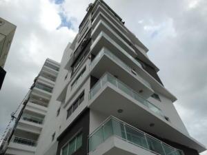 Apartamento En Alquileren Santo Domingo, Evaristo Morales, Republica Dominicana, DO RAH: 17-1404