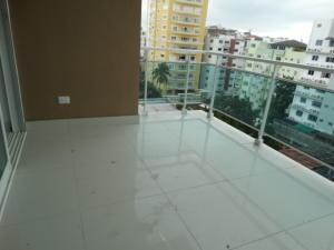 Apartamento En Ventaen Santo Domingo, Evaristo Morales, Republica Dominicana, DO RAH: 18-30