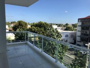 Apartamento En Ventaen Santo Domingo, Los Prados, Republica Dominicana, DO RAH: 18-51