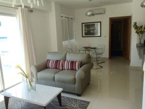 Apartamento En Alquileren Santo Domingo, Piantini, Republica Dominicana, DO RAH: 18-74