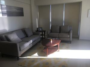 Apartamento En Alquileren Santo Domingo, Mirador Sur, Republica Dominicana, DO RAH: 18-78