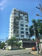 Apartamento En Ventaen Santo Domingo, Los Cacicazgos, Republica Dominicana, DO RAH: 18-92