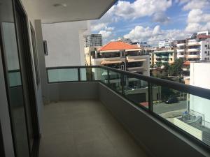 Apartamento En Ventaen Santo Domingo, Mirador Sur, Republica Dominicana, DO RAH: 18-106