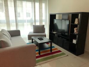 Apartamento En Alquileren Santo Domingo, Gazcue, Republica Dominicana, DO RAH: 18-170