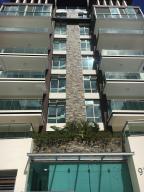 Apartamento En Ventaen Santo Domingo, Los Cacicazgos, Republica Dominicana, DO RAH: 18-209