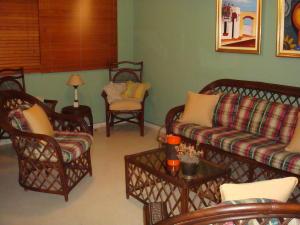 Apartamento En Alquileren Santo Domingo, Esperilla, Republica Dominicana, DO RAH: 18-218