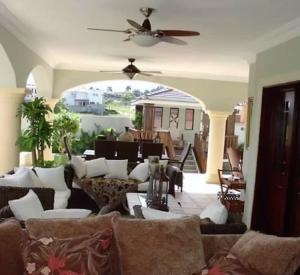 Casa En Venta En Distrito Nacional En Arroyo Hondo - Código: 18-1364
