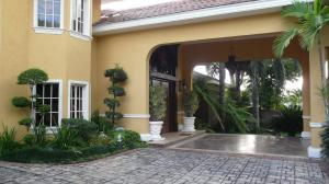 Casa En Venta En Distrito Nacional - Cuesta Hermosa II Código FLEX: 19-608 No.2