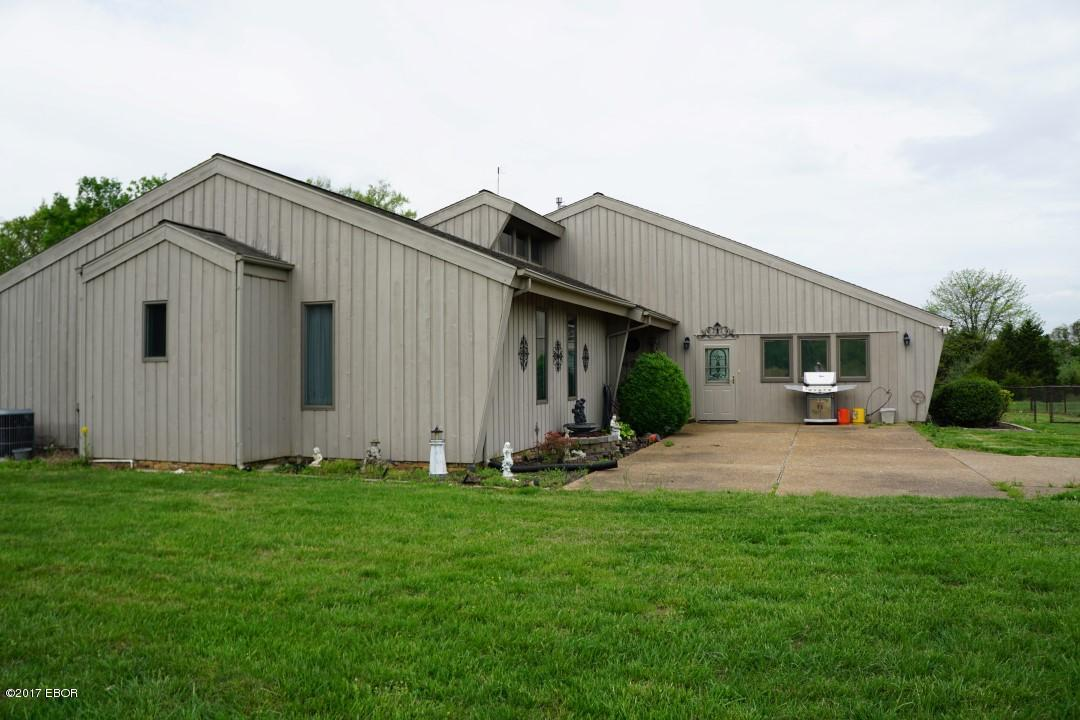 MLS#:413007 Address:  136 Potter Loop Ozark 62972