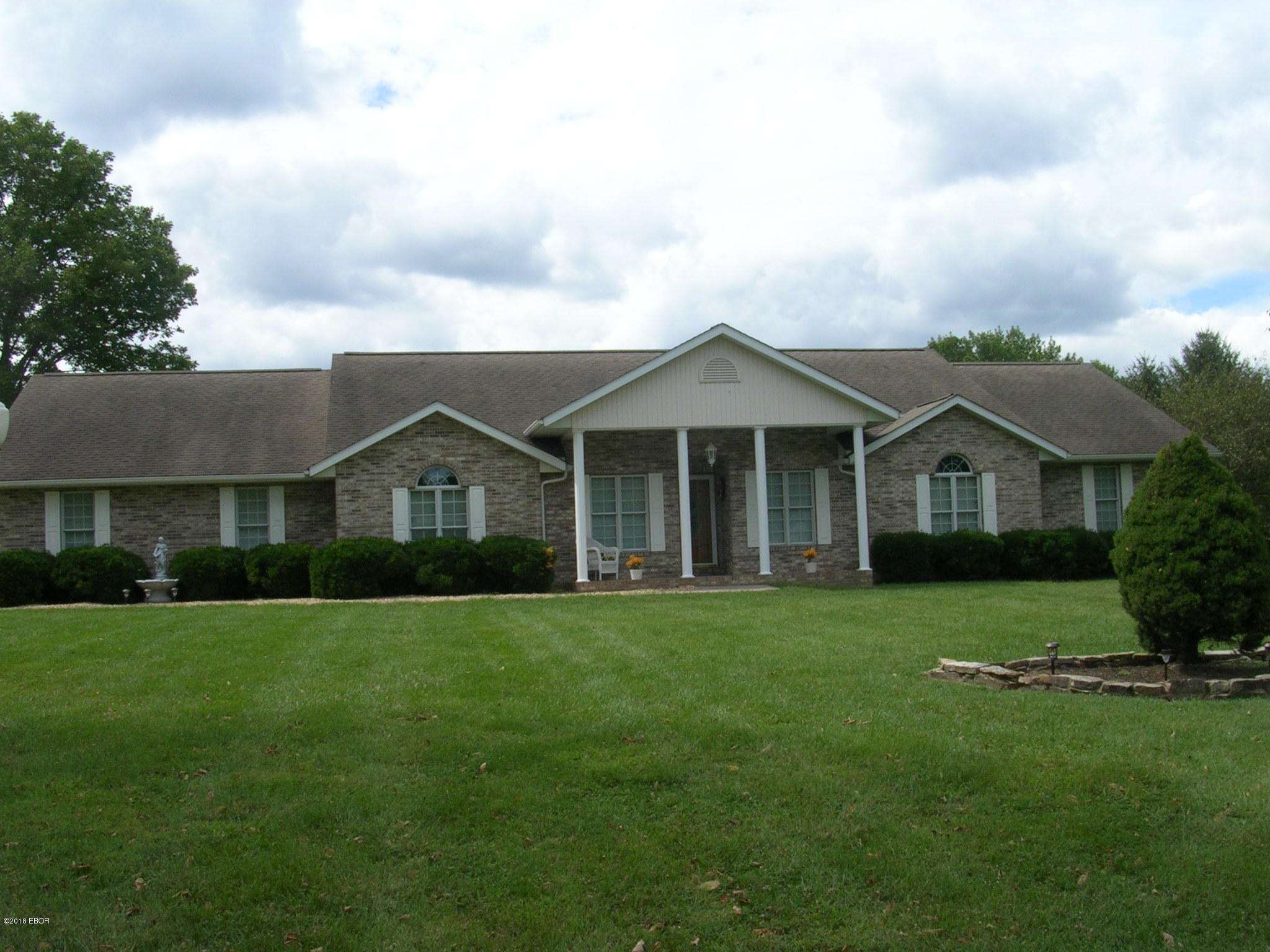 MLS#:423196 Address: N 707 6th Street Vienna 62995