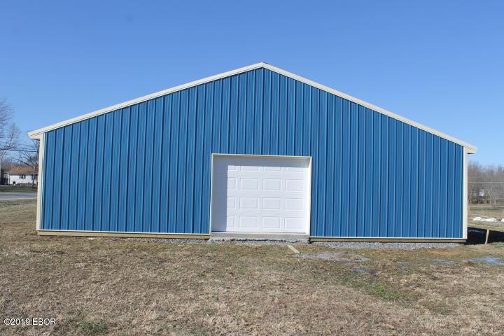 MLS#:425650 Address:  14209 State Hwy 34 Benton 62812