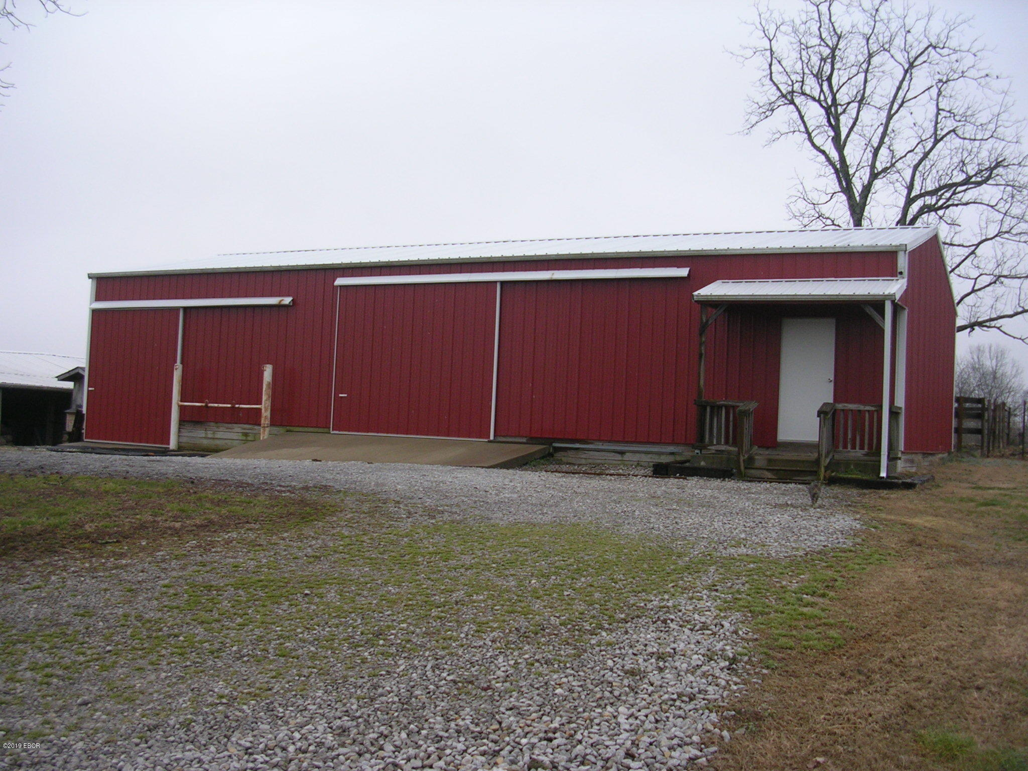 MLS#:426268 Address:  538 Karbers Ridge Road Elizabethtown 62931