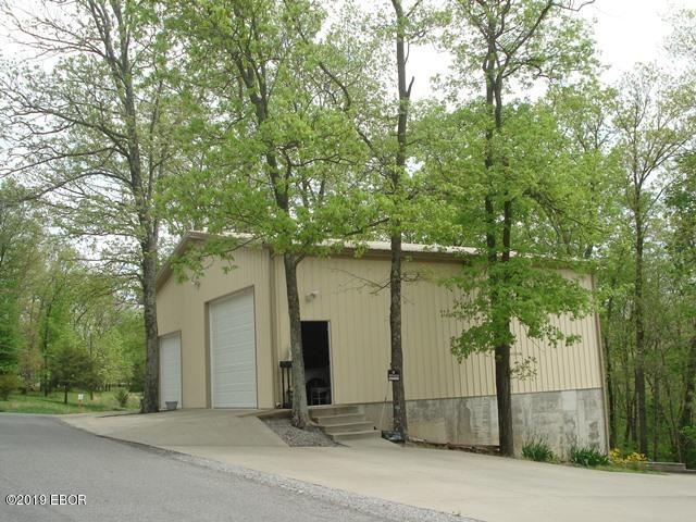 MLS#:425267 Address:  1415 Lakeshore Drive South Goreville 62939