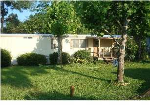Photo of home for sale at 707 Creekwood, Mary Esther FL