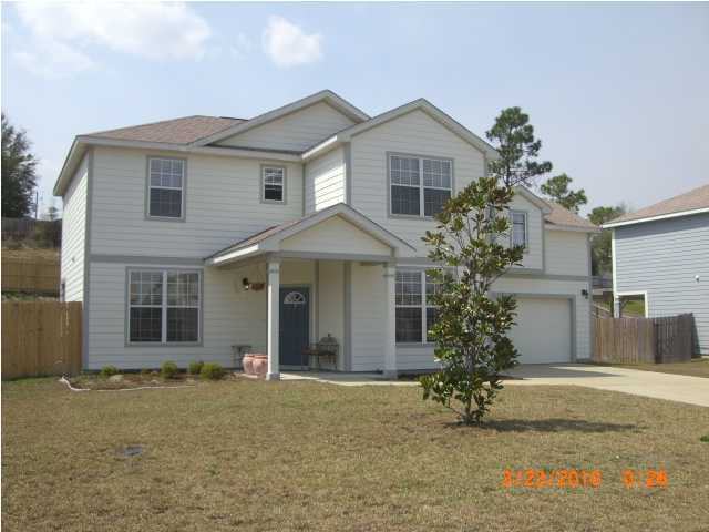 Photo of home for sale at 421 Peoria, Crestview FL