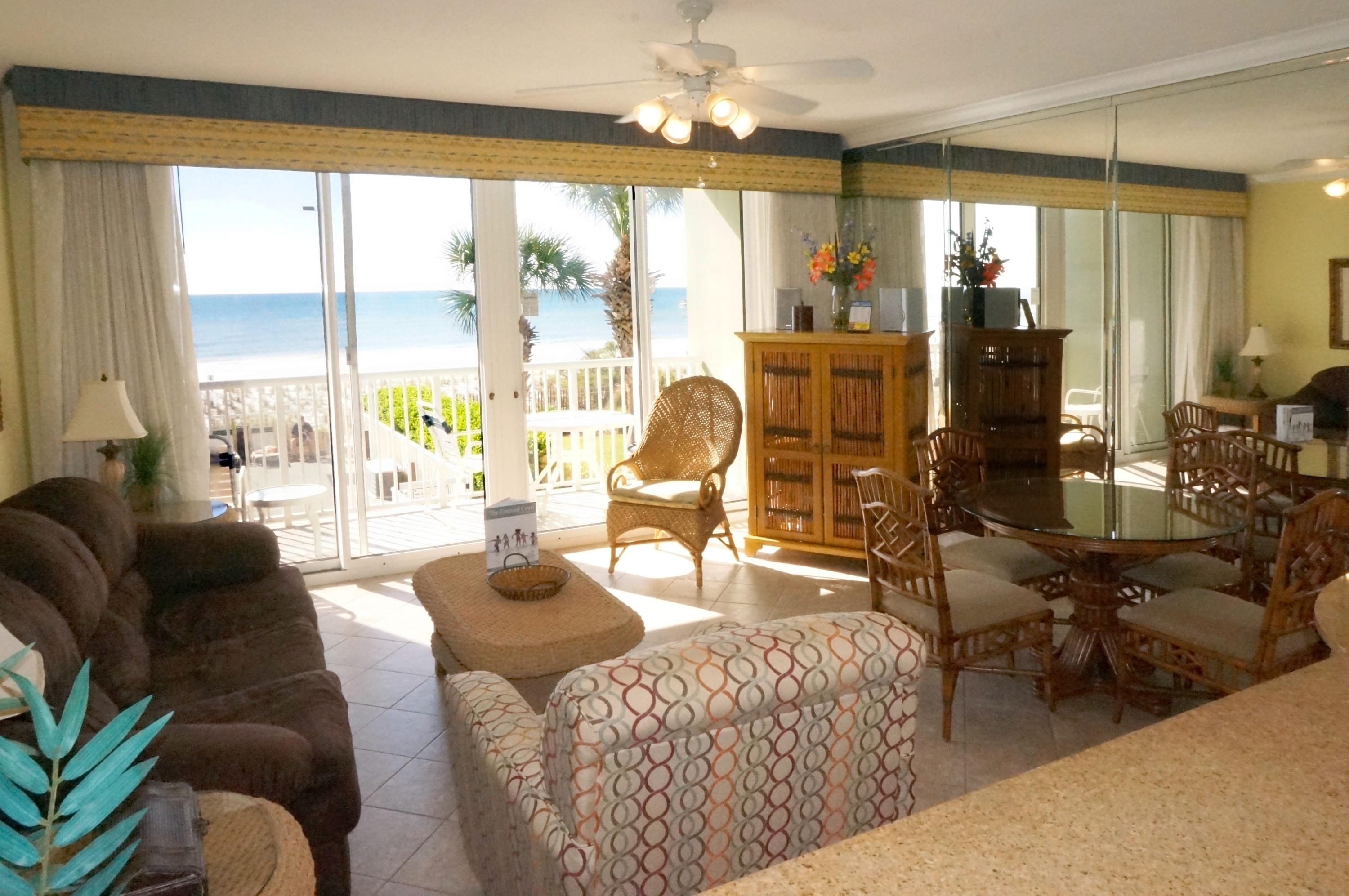 Photo of home for sale at 590 Santa Rosa, Fort Walton Beach FL
