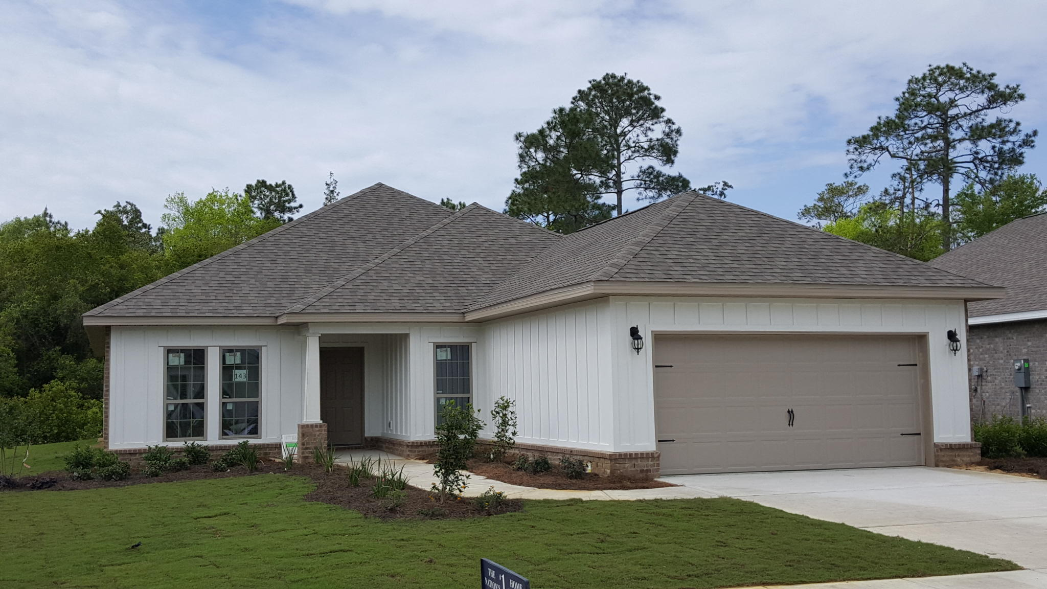 Photo of home for sale at 551 Windchime, Freeport FL