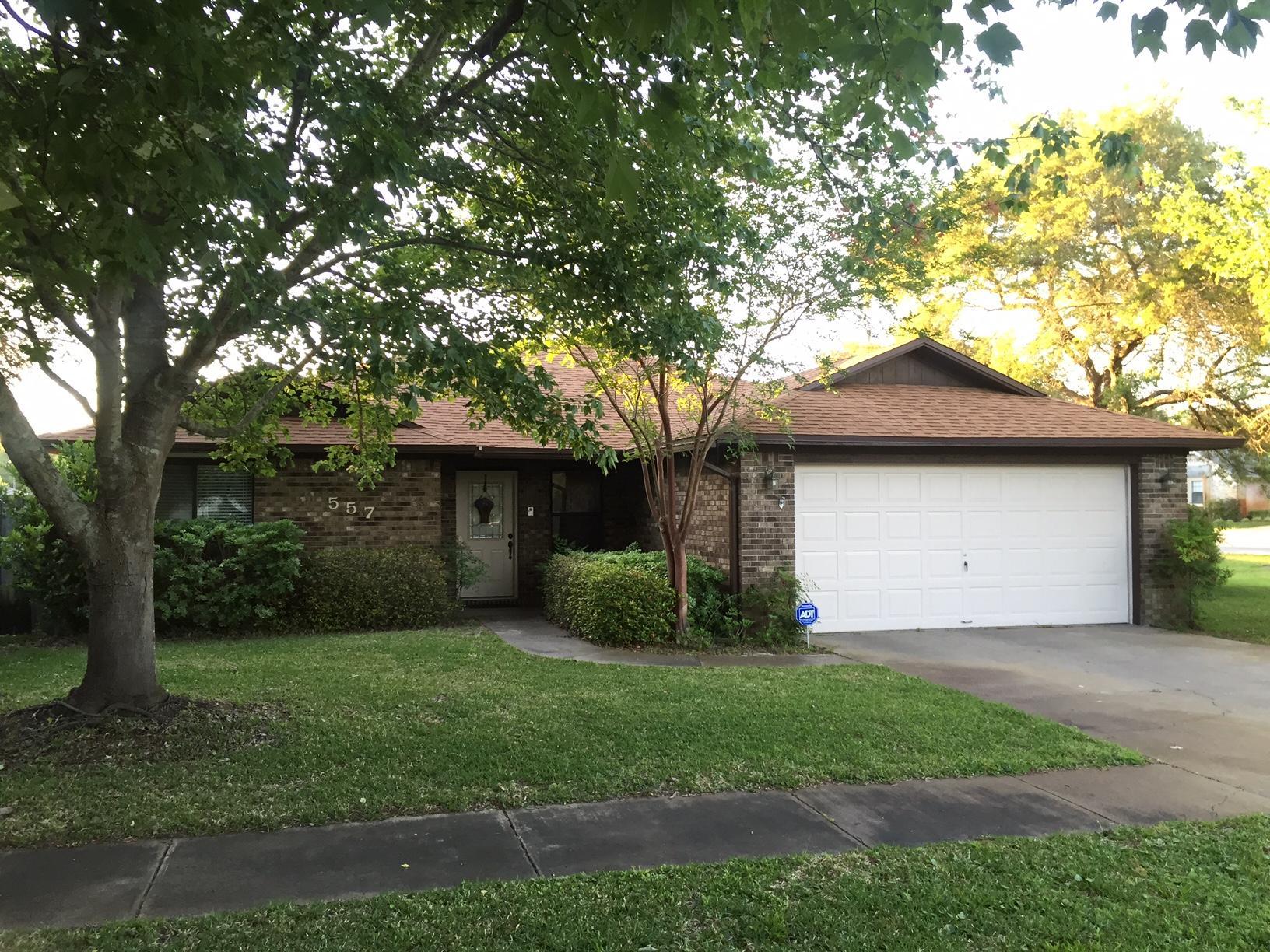 Photo of home for sale at 557 Sibert, Destin FL