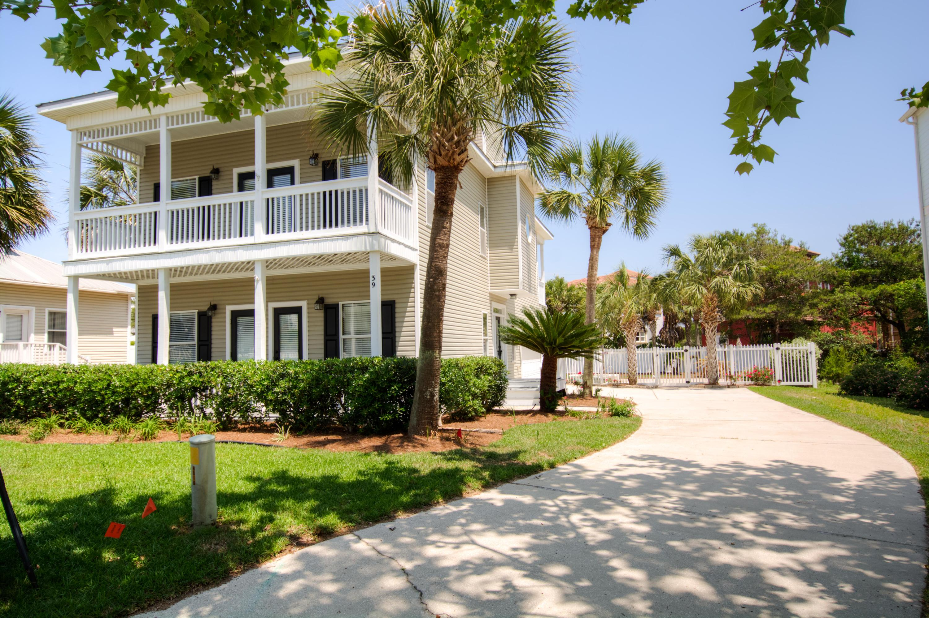 Photo of home for sale at 39 Sandcastle, Santa Rosa Beach FL