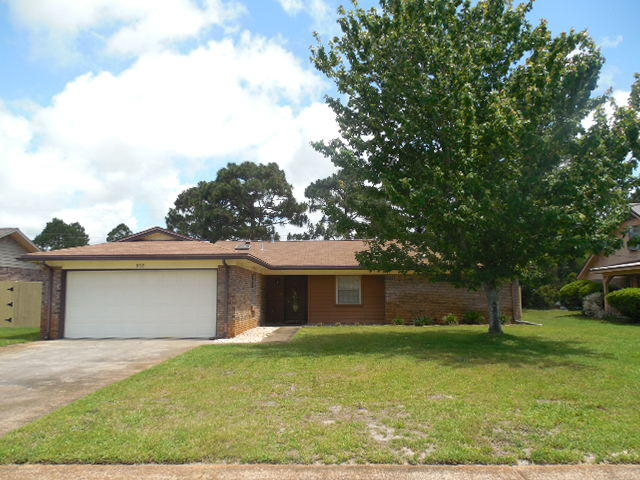Photo of home for sale at 552 Timberlake, Mary Esther FL