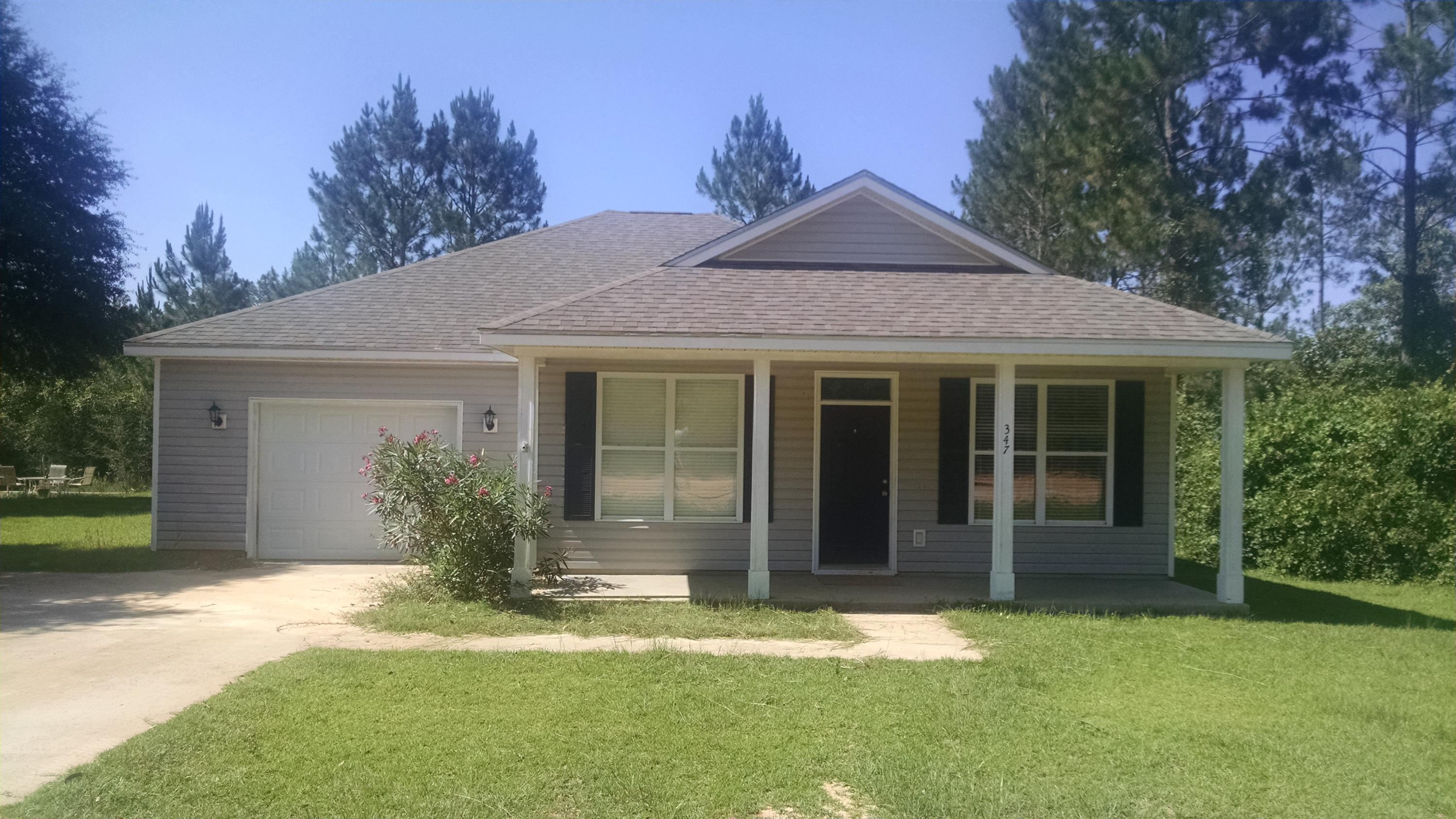 Photo of home for sale at 347 Raphael, Defuniak Springs FL