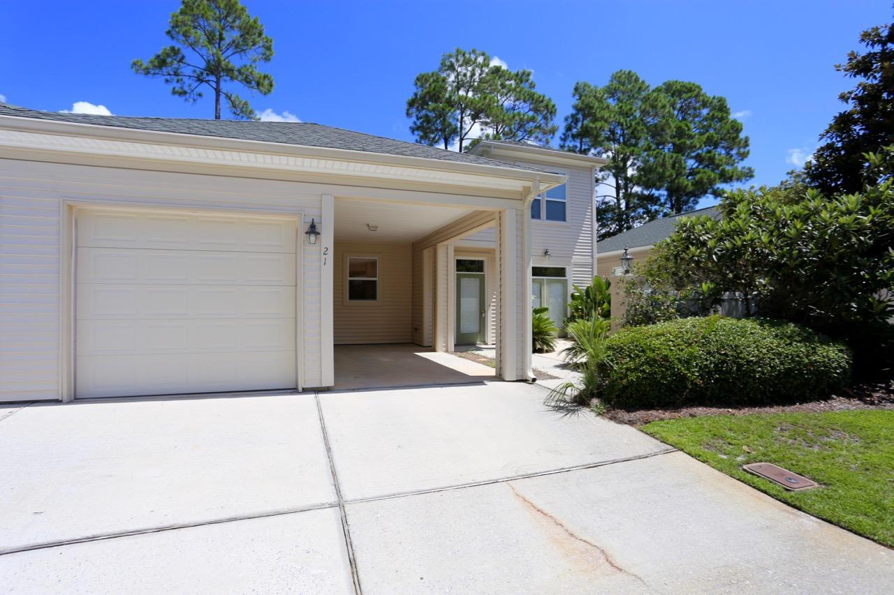 Photo of home for sale at 21 Courtyard, Santa Rosa Beach FL
