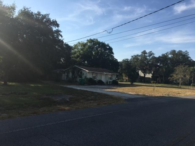 Photo of home for sale at 562 Calhoun, Destin FL