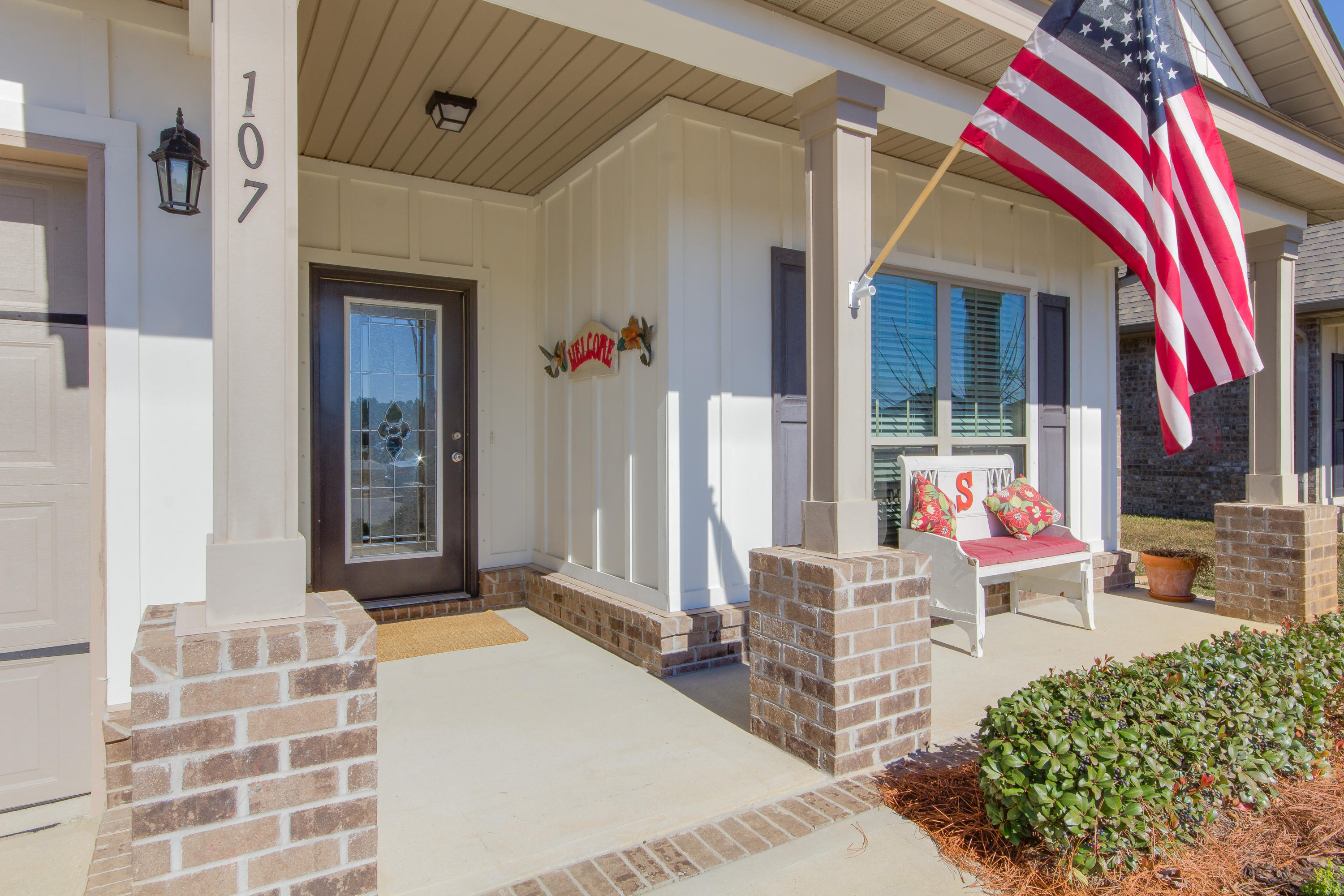 Photo of home for sale at 107 Lullaby, Santa Rosa Beach FL