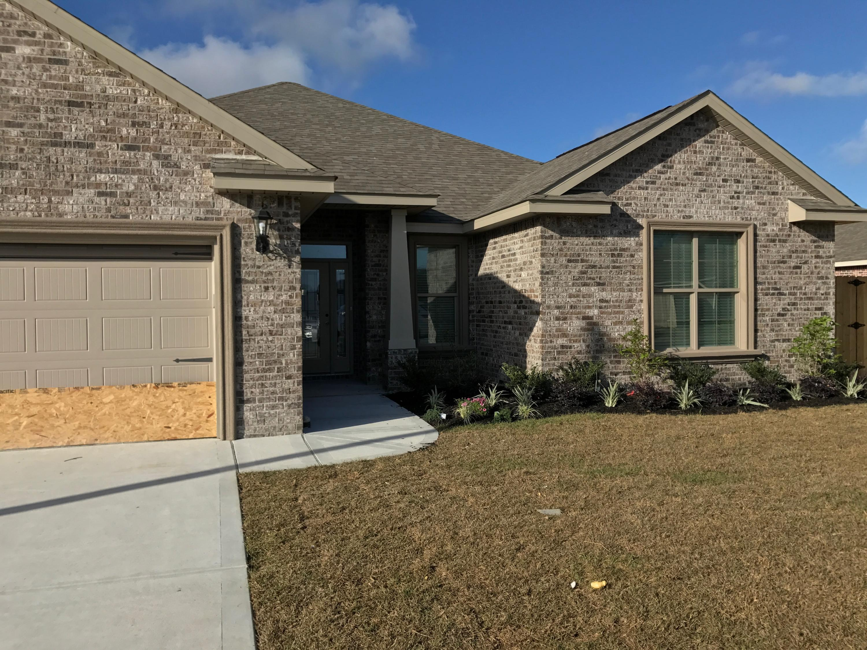 Photo of home for sale at 2389 Ellison, Fort Walton Beach FL
