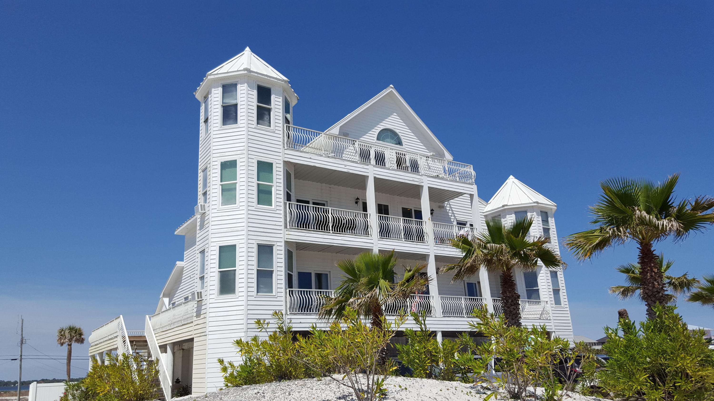 MLS Property 736401 for sale in Navarre