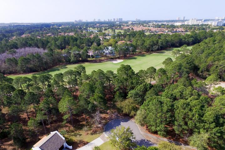 Photo of home for sale at 3415 Ravenwood, Miramar Beach FL
