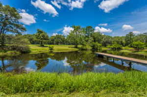 Property for sale at 568 Four Mile Road, Freeport,  Florida 32439