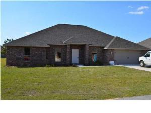 Photo of home for sale at 5268 Moore, Crestview FL