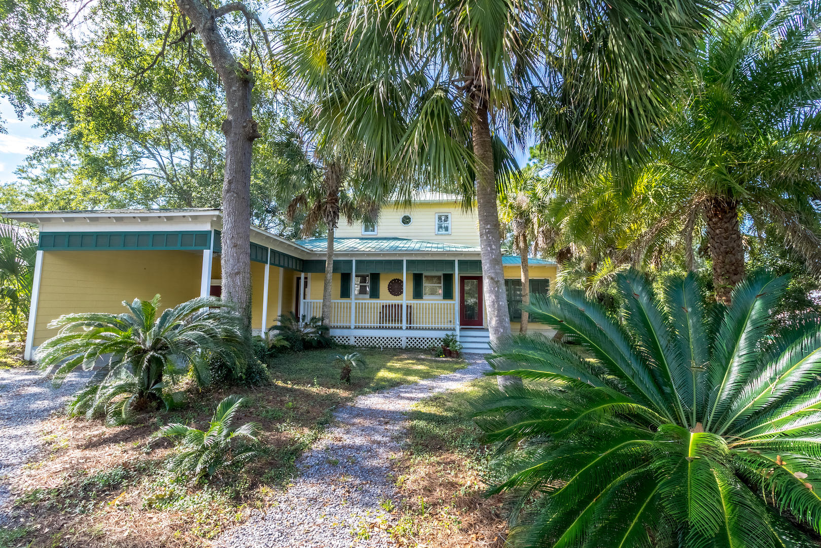 Photo of home for sale at 294 Bayou, Freeport FL