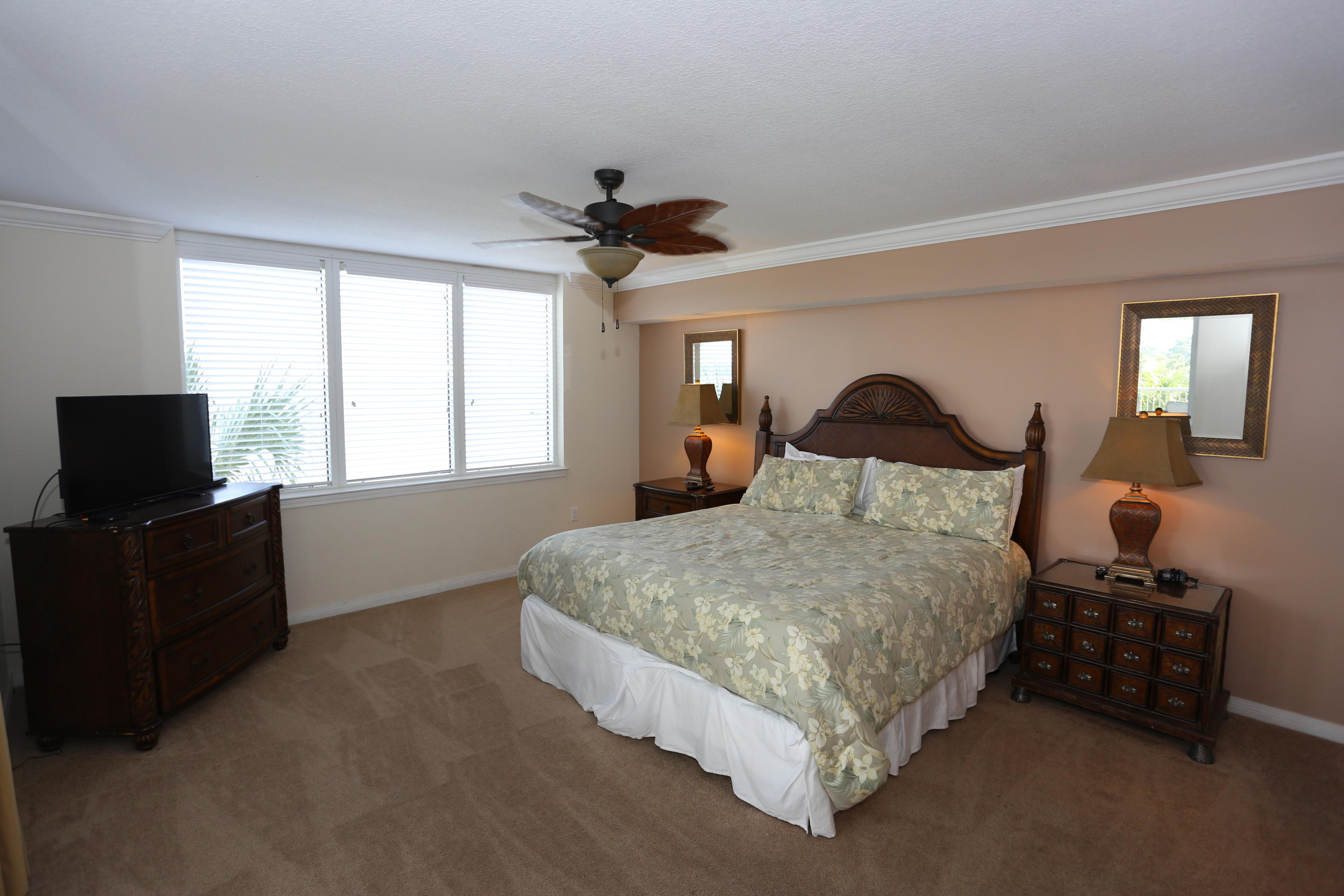 A 3 Bedroom 2 Bedroom Destin West Heron Condominium