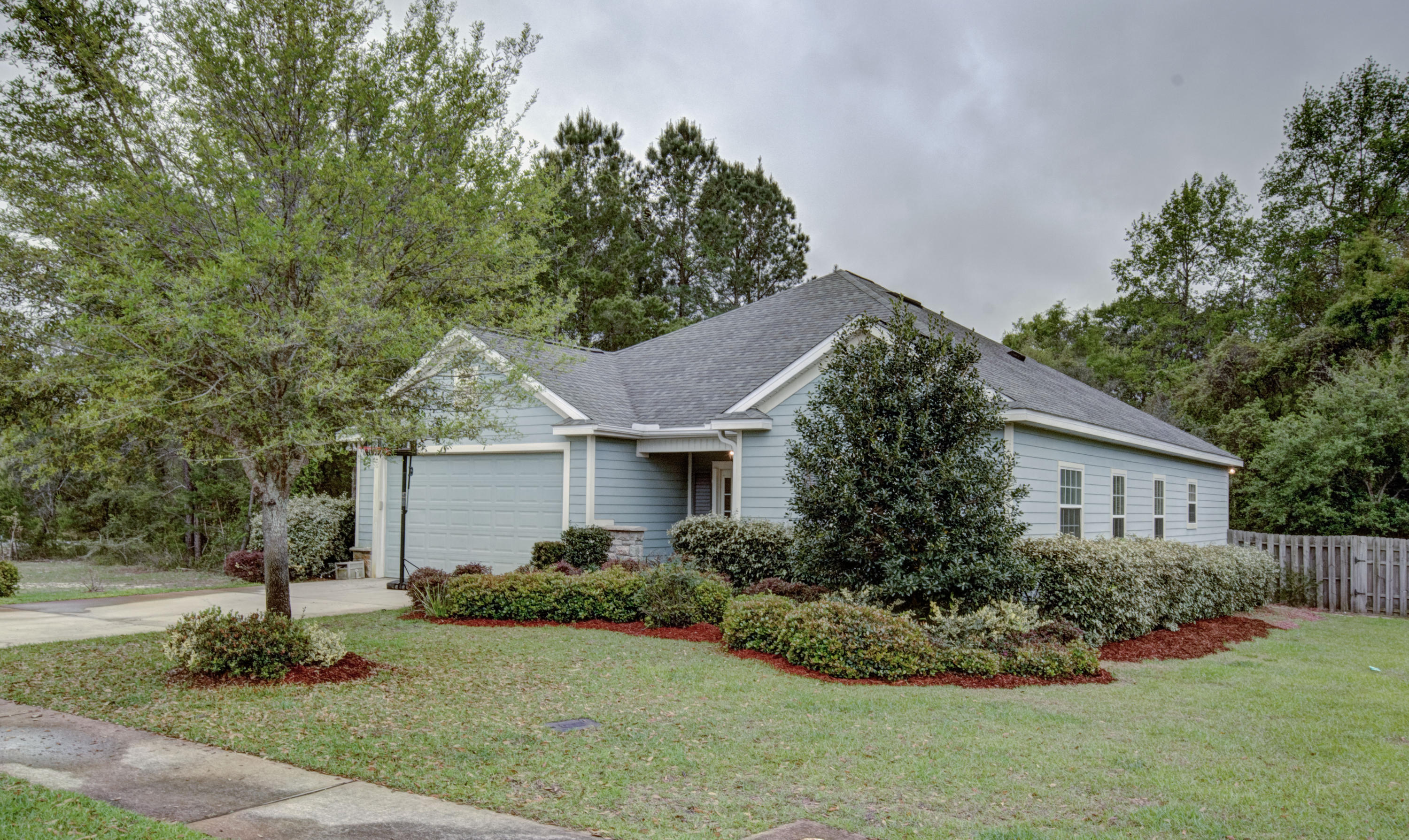 Photo of home for sale at 248 Camellia, Freeport FL