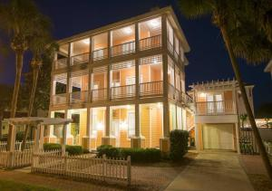 Property for sale at 4495 Ocean View Drive, Destin,  FL 32541