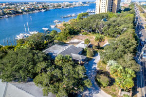 Property for sale at 718 & 710 Harbor Boulevard, Destin,  FL 32541