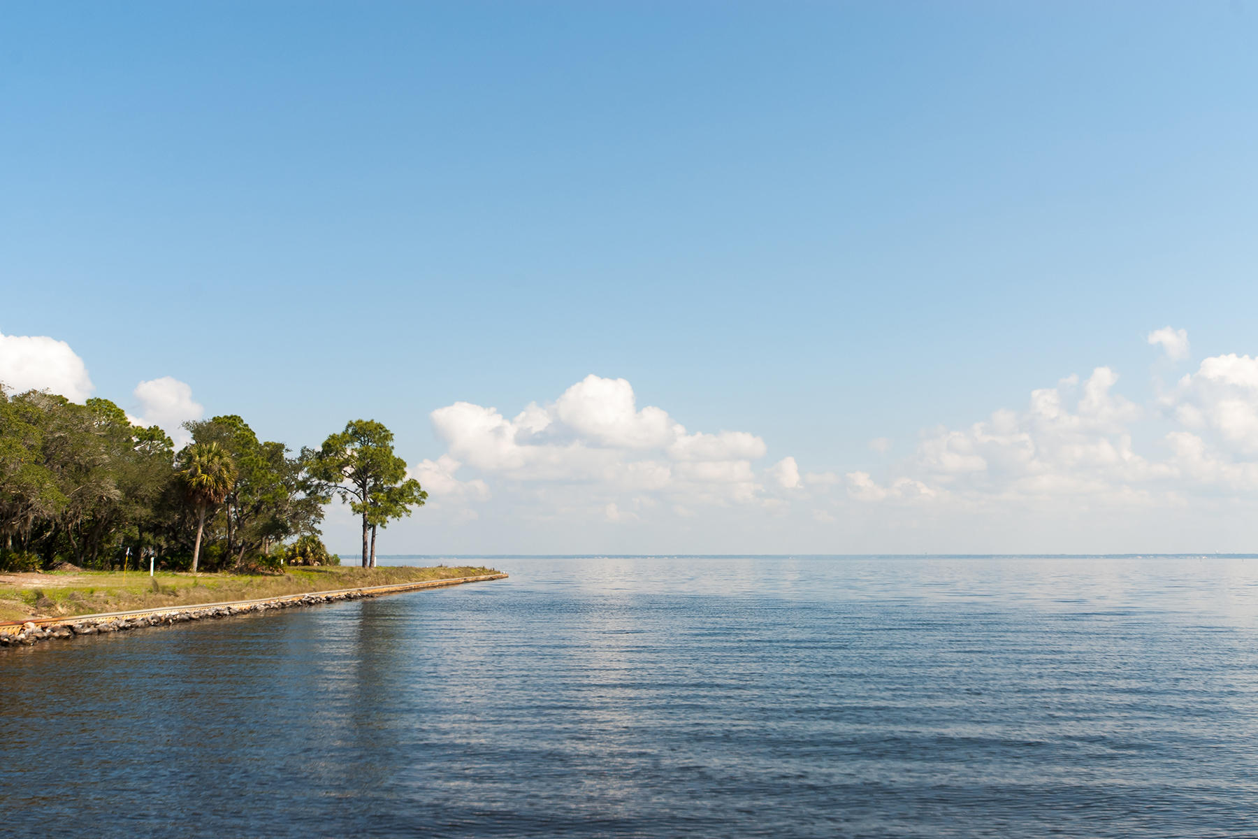 Photo of home for sale at 4137 Belcourt, Destin FL