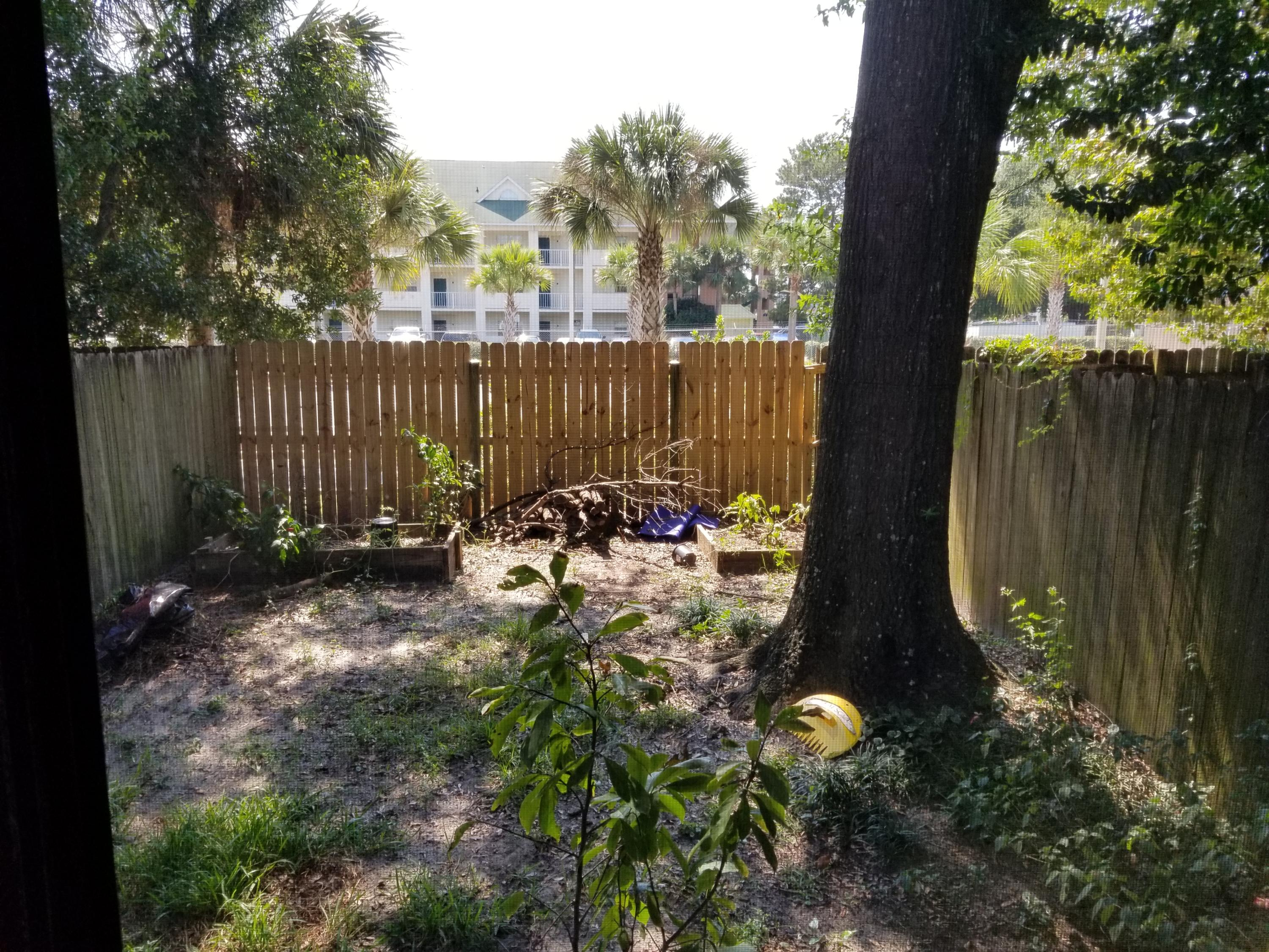Photo of home for sale at 910 Tokalon, Fort Walton Beach FL